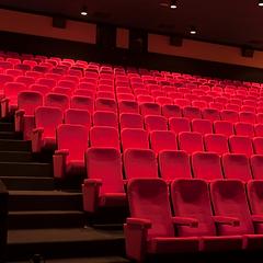 sanificazione e igienizzazione con ozono di cinema e teatri