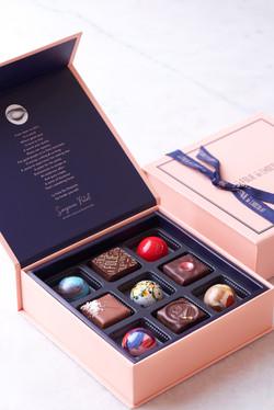 Box Of 9 Pralines And Bonbons