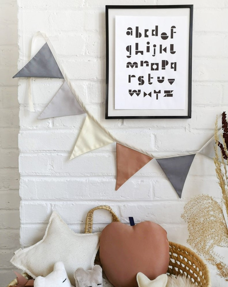 The Butter Flying - Bunting garland terracota grey