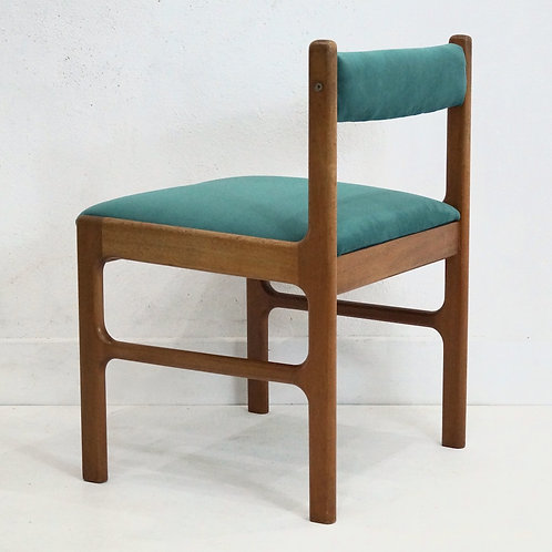 Mid Century Mcintosh 9943 Dining Chairs - Set of 4