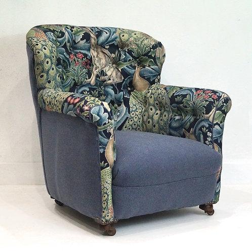 Stunning Antique Georgian Button Back Armchair - Wm Morris Fabric