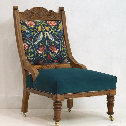An Antique Arts and Crafts Style Upholstered Oak Chair