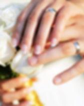 alianças-de-casamento-1-990x556.jpg