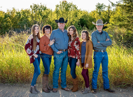 The Orr Family - Family Fall Portraits 2019