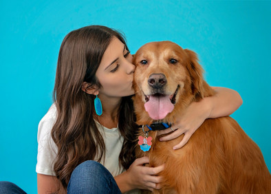 Make your senior portraits that much more memorable by including your fur baby.