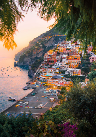 colorful-cliffside-village-3225528.jpg