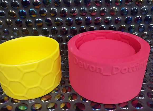Small honeycomb candle vessel silicone mould