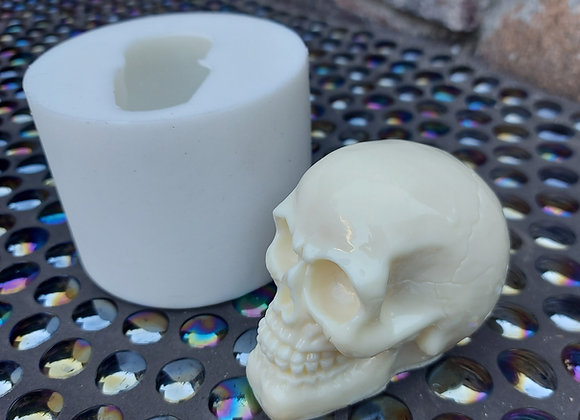 Silicone mould of small skull
