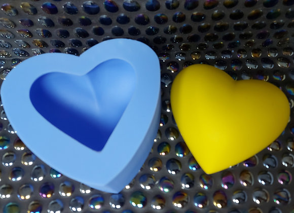 Large puffy heart silicone mould
