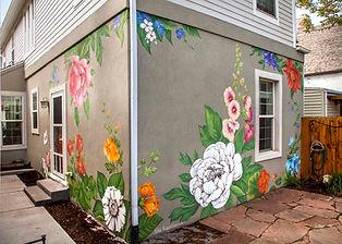 Роспись частного дома