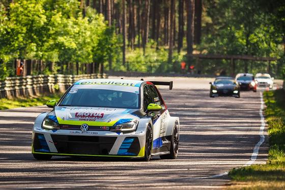 Mikk Maaten võitis BEC-autoringrajasarja teisele etapi
