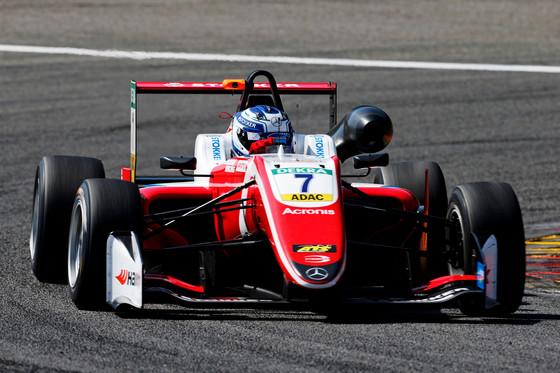 Ralf Aroni nädalavahetuse F3 etapil rikkusid probleemid autoga