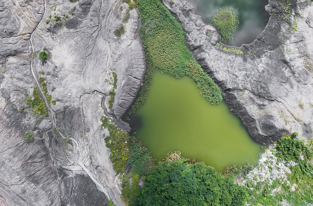 Aerial map of water being used to find best routes for a trip