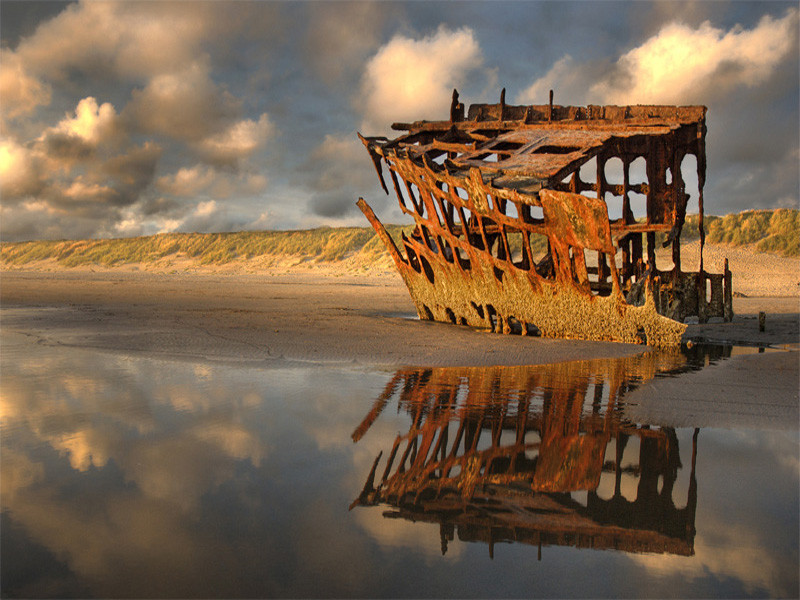 Peter Iredale shipwreck at Fort Stevens State Park.