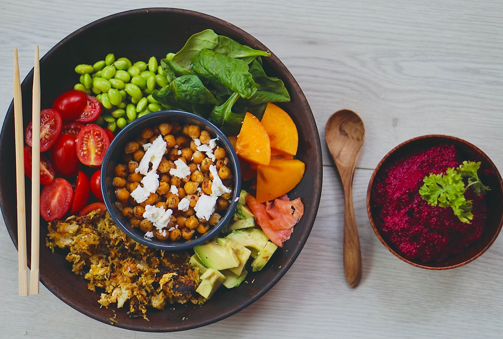 Bowl of healthy food that helps prepare the digestive system for travel
