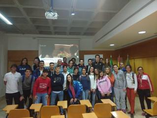 Alejandro Serrano analizó en CEU Andalucía la situación profesional de los graduados en CCAFD.