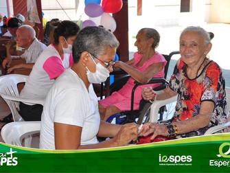 Projeto Tempos de Viver trabalha com autoestima de idosos
