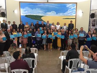 Professora do Iespes recebe homenagem pelo Dia do Enfermeiro na Câmara de Santarém