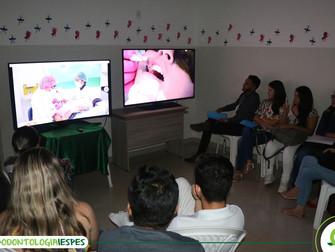 Jornada de Odontologia realiza transmissão ao vivo de procedimentos da Clínica Odontológica