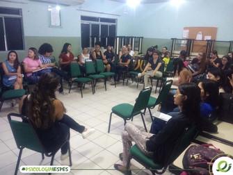 Psicóloga compartilha experiência de atuação no âmbito escolar para alunos do Iespes