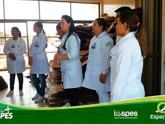 Turma de Enfermagem visita setor de processos de gerenciamento de resíduos do HRBA