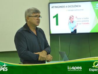 Funcionários do Cepes e do Iespes participam de treinamento sobre atendimento de excelência