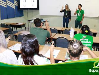 Fundação Esperança oferece curso de Libras para funcionários