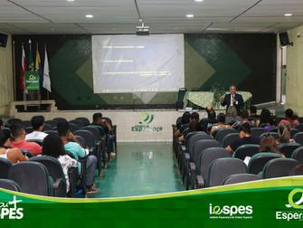 Presidente da Academia Paraense de Biomedicina realiza palestra no Iespes