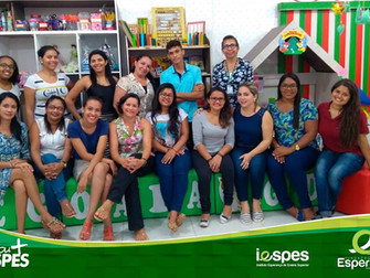 Integrantes dos projetos ABC Brincando e Motivar para Alfabetizar participam de oficina sobre  inici