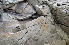 Traces dans la roche