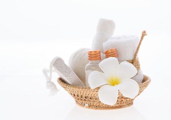 Bath products and skincare treatment wit