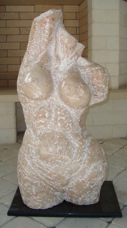 sculpture-natural-stone-2jpg