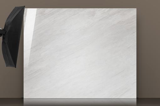 volakas-polished-marble-slab-reflection