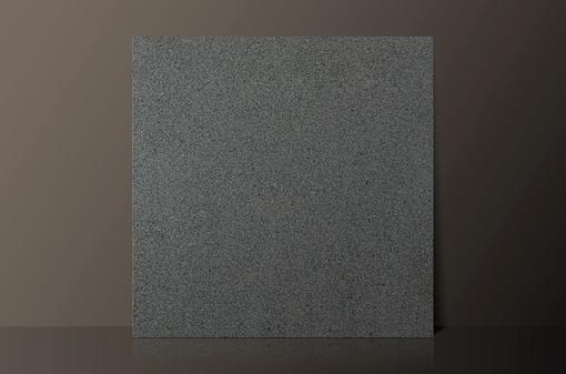 sesame-black-polished-granite-tilejpg
