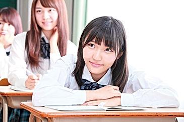 女子高生_机_9079829.jpg