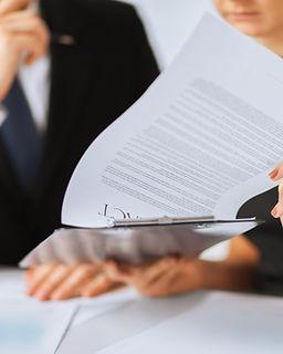 Kontrakts Paper Signing