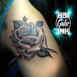 Buttery rose by Gabe