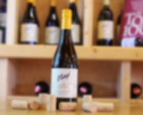Die Cuvée aus großartigen Weißweinen nennt Martin Niegl Große Reserve.