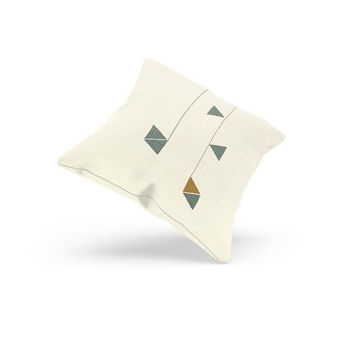 Mani-boho Catci Cushion (Medium)