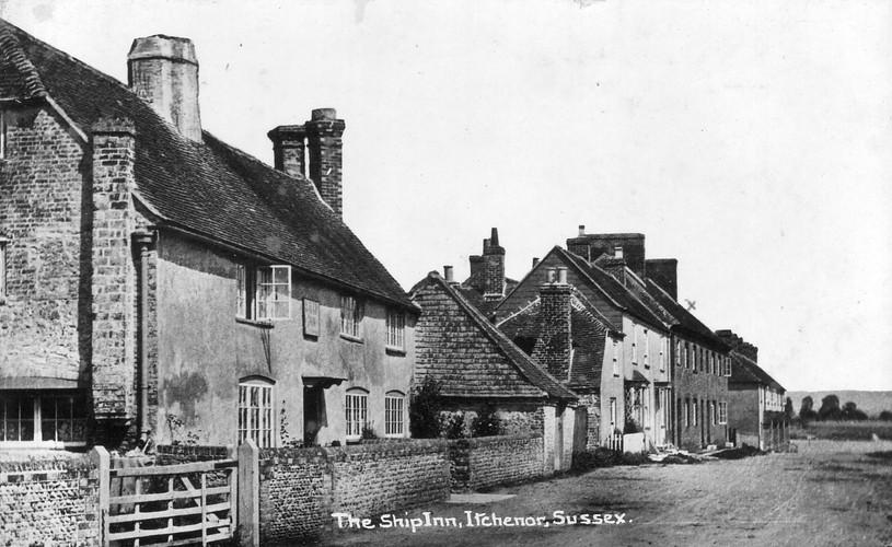 The Ship Inn 1906b.JPG