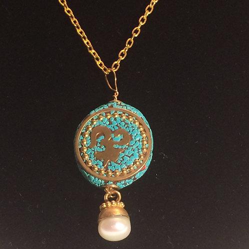 Tibetan bead w/pearl