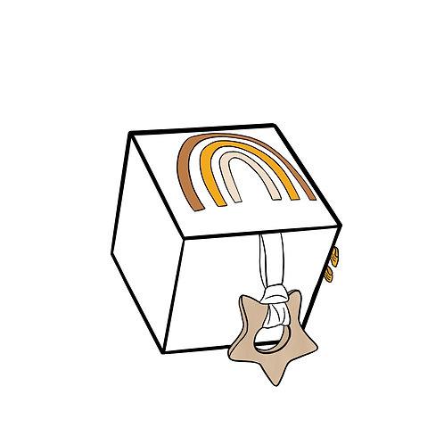 Cube d'éveil Arc en ciel à personnaliser avec le prénom