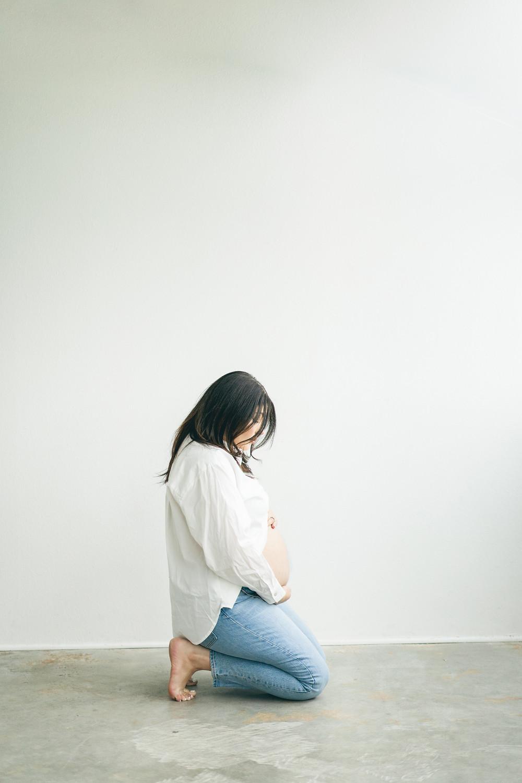 Castle Rock maternity photographer