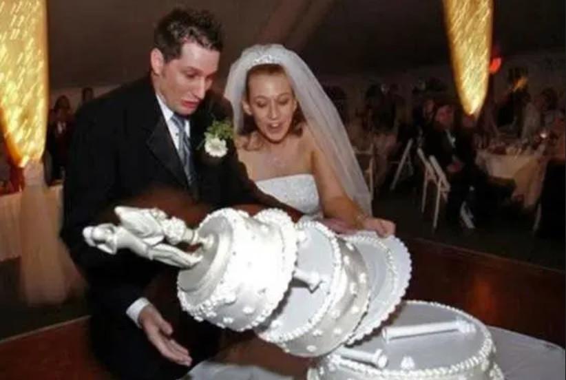 Wedding photography contract tips