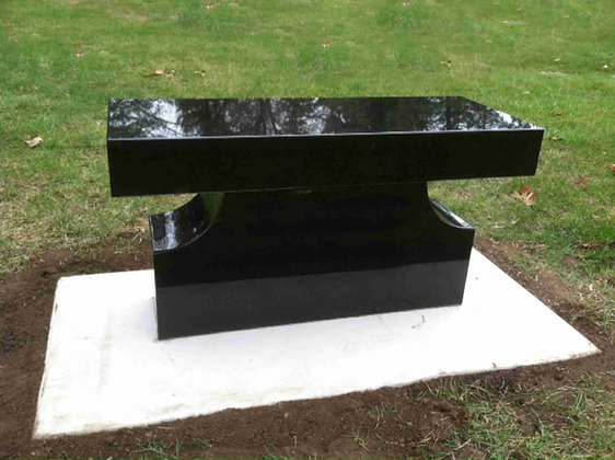 #1528 Black Pedestal Bench