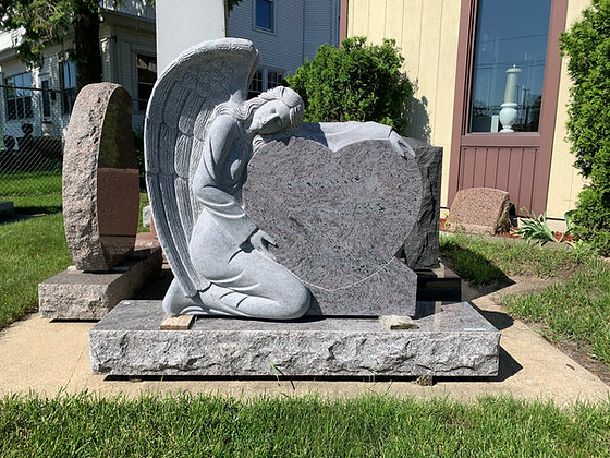 #1549 Grieving Angel