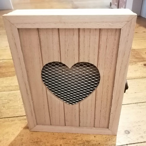 Wooden Heart Wire Key Box