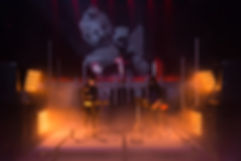 set avec danseuses 2-1.jpg