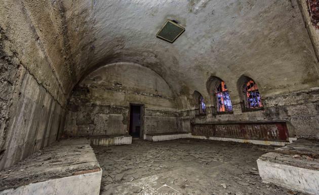 Urbex tour in Tbilisi Georgia Camp Cauca
