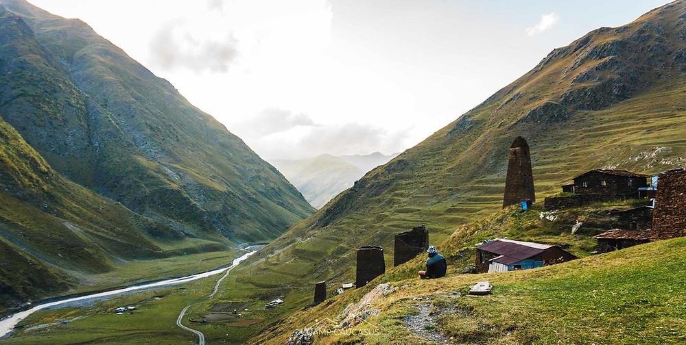 Parsma tusheti omalo-shatili hiking georgia trail camp caucasus